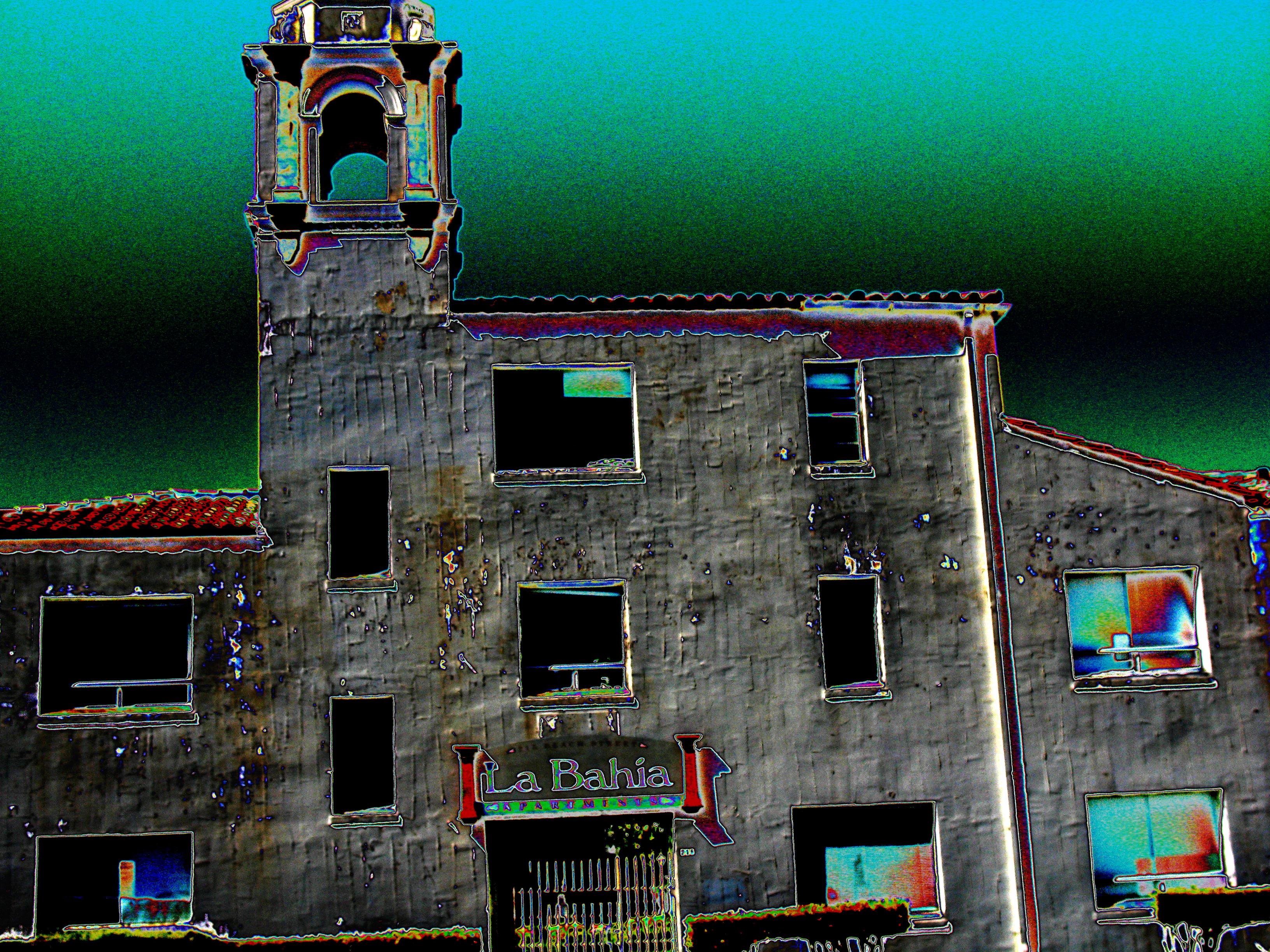 La Bahia Psychedelic Ghost Villa